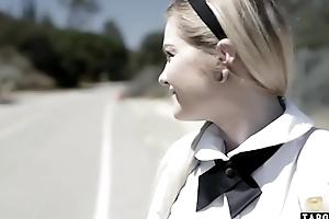 Schoolgirl teen Chloe Kindle offers anal to fortuitous guy