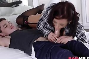 Girlfriends hot momma blowjob Juan Locos big young cock!