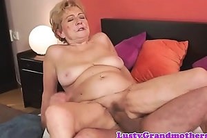 Muted grandma dickriding in reverse cowgirl