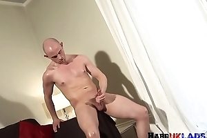 Scally UK stud jerking his hard dick