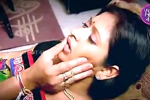 Indian slutwife enticed supplicant neighbor uncle thither kitchen (low)