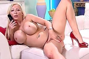 Sexy breasty blonde phonesex