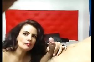 madura chupando pene